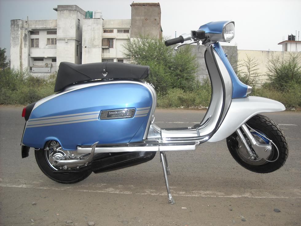 Blue and Silver GP 200  image