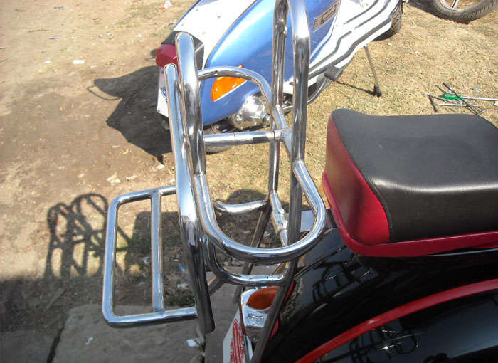 Vespa Back Rack image